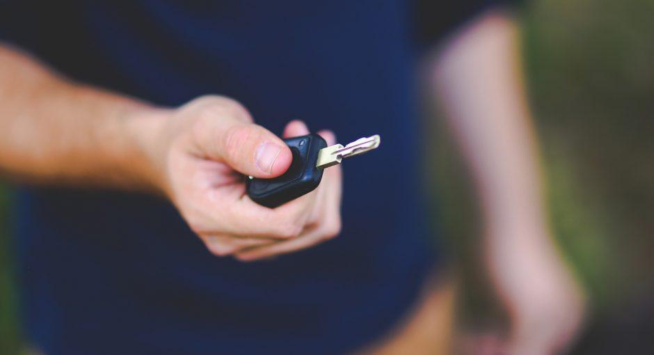 La façon de traiter une clé de voiture cassée
